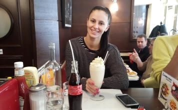 breakfast in america paris review